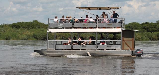 boat safari uganda